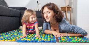 Массажный коврик для детей: топчитесь на здоровье